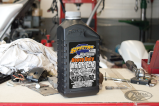 SPECTRO HEAVY DUTY PLATINUM FULL SYNTHETIC MOTOR OIL FOR USE IN HARLEY-DAVIDSON AND OTHER AMERICAN V-TWINS
