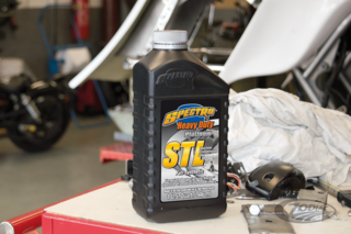 SPECTRO PLATINUM FULL SYNTHETIC PRIMARY & TRANSMISSION LUBRICANT FOR SPORTSTER