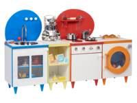 Complete witte keuken met kleuraccenten